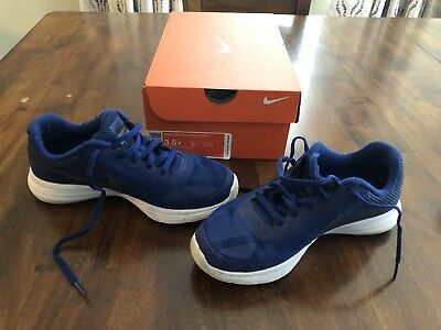 325c32ee137 GIRLS NIKE REVOLUTION 3 (GS) Royal Blue Grey Size 3.5Y with Box ...