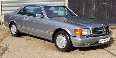 Stunning W126 560 SEC - 30 Service stamps - Outstanding