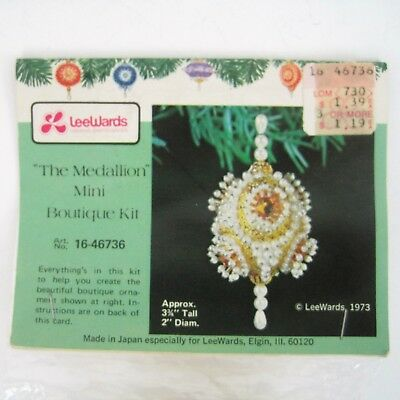 Vtg LeeWards Beaded Christmas Ornament Kit Pearl Mini Medallion Faceted Beads