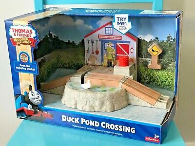 Fisher Price - Thomas and Friends - Wooden Railway - Duck Pond Crossing