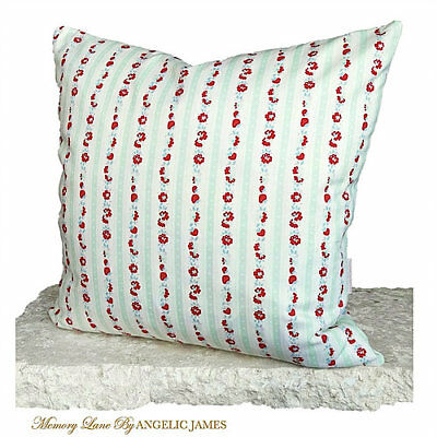 'Victoria' Memory Lane Vintage Cushion