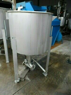 Stainless Steel Tank on Legs, 110 Gallon Capacity