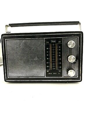 Vintage Sears AM/FM Solid State 9 Transistor Radio