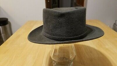 6443a8c824c6e VINTAGE ROYAL STETSON fedora hat size 7 and 1 8 with a 2 and 1 4 ...