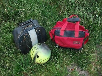Bowling Balls 3 of + 2 Bags by Amflite Magic line & Twikey usable condition