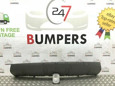 2017- On Land Rover Discovery Front Bumper Tow Eye Cover P/N:hy32-17F011-Aa