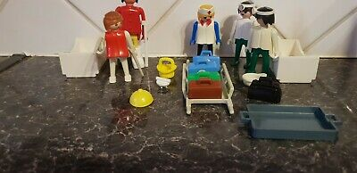 Vintage Playmobil hospital figures and spares - see pictures