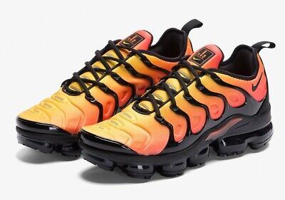 a81f806d351d1 Nike Air VaporMax Plus Sunset Black Total Orange VN Size 8.5 with Box  924453-006