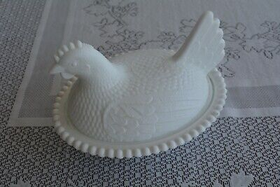 Vintage White Milk Glass Nesting Hen on Nest Covered Glass Candy Butter Dish