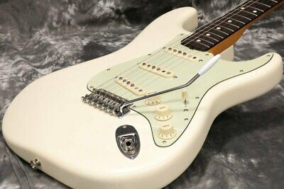 Fender Classic 60s Stratocaster Vintage White 2010 Free Shipping