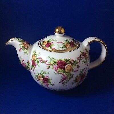 Royal Albert Old Country Roses Ruby Celebration Bone China Teapot