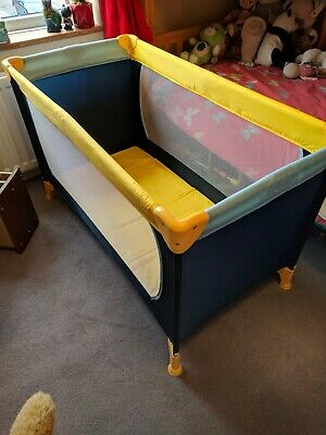 Hauck Dream N Play Travel Cot Yellow and Blue 117 X 60cm