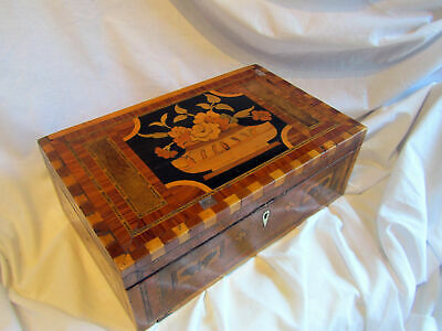A Beautiful Inlaid, Micro-Mozaic Wooden Good Sized Box