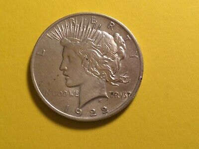 1922 Peace Silver Dollar (Nice Clean Looking Coin)