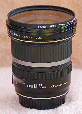 Canon EOS wide-angle 10-22mm f/3.5-4.5 zoom lens