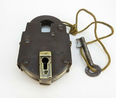 Ancien cadenas ALIGARH antique padlock