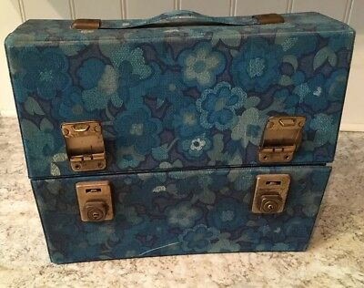 Blue Psych Flowers Vintage Retro 30 Cassette Tape Storage Carrying Case W/ Key
