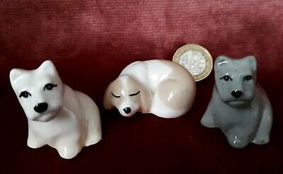 Two Tiny Adorable Vintage Szeiler Porcelain Scotty Dogs and Sleeping Puppy