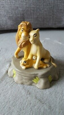 Disney The Lion King music box/ Ornament (Porcelain) Plays The Circle of Life.