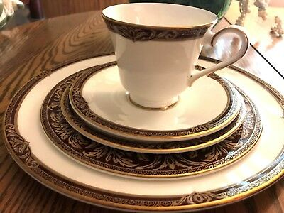 New Royal Doulton Tennyson 5 Pc Place Setting Dinner Salad Bread Plates Cup/Sauc