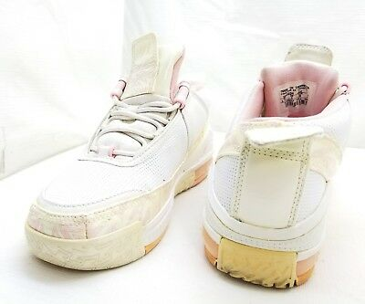 7303e89de51 2005 NIKE LEBRON Youth Girls 5.5M White pink Leather Sneakers ...