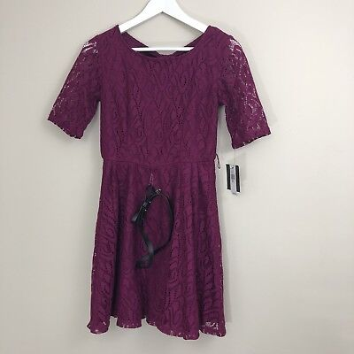7d1ee93e4c1 IZ Byer Junior Womens Dress Size Small Lace Fit And Flare Keyhole Belted  Waist