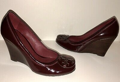 fce59c6d1 Tory Burch Maroon Patent Leather Logo Wedge Heels Sandals Shoes Women s size  9