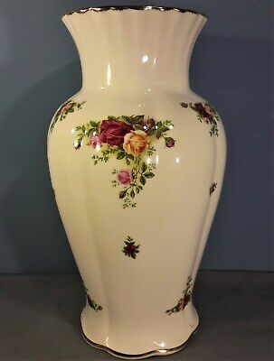 "Vintage Royal Albert Old Country Roses Large Vase - 12"" high"