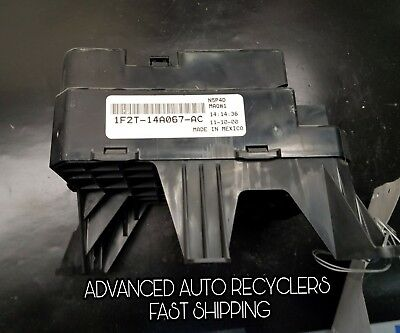00 01 02 03 ford windstar lx under hood engine fuse relay box assembly oem
