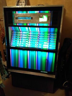 SEEBURG Selectomatic JUKEBOX early 70's, plays 45's, working order, sounds fab