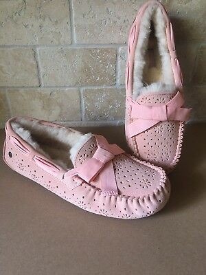 0fb3a3438fd UGG DAKOTA SUNSHINE Perf Tropical Peach Suede Slippers Moccasins Size 12  Womens