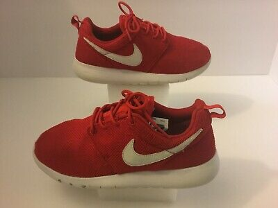 4f7e0637f81 Women s Nike Roshe One Athletic Shoes Size 7Y Wom s 8 Red White