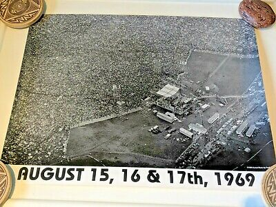 "Woodstock Music Concert August 15 16 17,1969 Poster Photo Black & White 19""X15"""