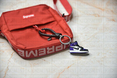 "Portachiave Air Jordan 1 Retro ""Court Purple"" 3D Sneakers by KicksMini USA"