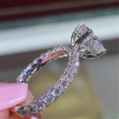 10k White Gold 2.50ct Round Cut Diamond Solitaire With Accents Engagement Ring