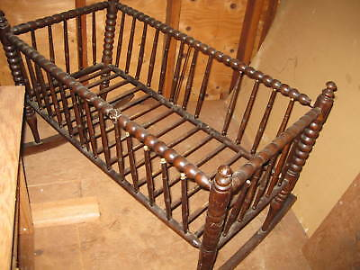 Antique, Early, Americana Oak Spindle  Baby/ Doll Cradle