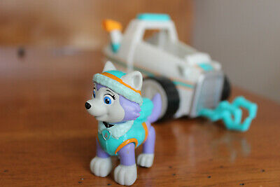Paw Patrol Everest's Rescue Snowmobile and Figure Rare Set