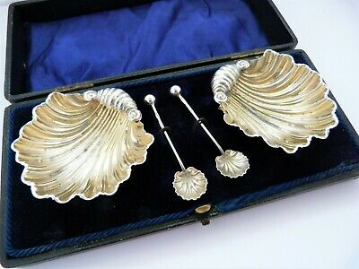1908 - Boxed - Two Solid Silver Clam Shell Salt Dishes & Matching Spoons