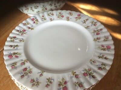 4 Royal Albert WINSOME Dinner Plates  MADE IN ENGLAND