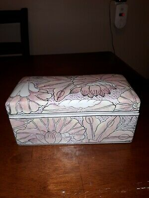 Vtg Chinese Porcelain large Trinket Box Asian Pastel pink, yellow, purple