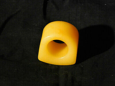 Rare Chinese Early Republican c1900-1940 Butterscotch Agate Archers Ring