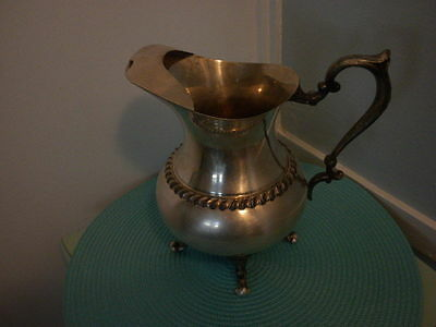 Antique-Sheridan-Silver-Silver-On-Copper-Plated-Water-Wine-Pitcher-W-Ice-Lip  An
