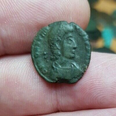 Genuine Roman Coin. Buyer To Identify. Guaranteed Genuine. Ref Lot #42