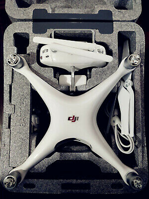 DJI Phantom 4 Quadcopter 4k Video Camera Drone in box/all Excellent Condition