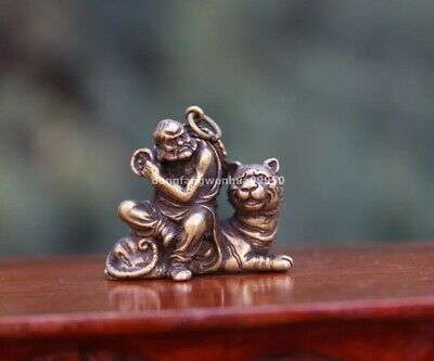 3 cm China Temple Pure Copper Bronze Sit Tiger Arhat Buddha Statue Pendant
