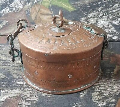 Antique Copper Betel Nut Box Lime Pandan Spice India Hammered Engraved B10