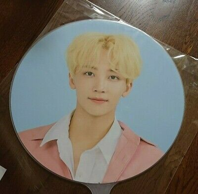 JEONGHAN FAN SEVENTEEN CARAT LAND in SEOUL Limited Official goods UCHIWA picket