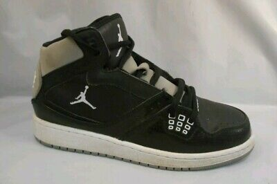 c36f981ef41 NIKE AIR JORDAN FLIGHT 1 CLASSIC BASKETBALL SHOES 374452-03e Youth Size 7Y