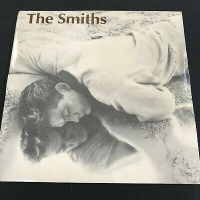 """THE SMITHS - """"This Charming Man"""" UK Rough Trade 7"""" RT 136 Push Out Center - NM"""