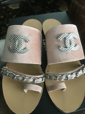 90f99d244332 Chanel 39.5 Pink Velvet Silver Chain Sandals Flats Mules Slides CC Toe Ring